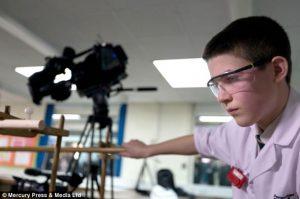 جیمی اوارد - دانش آموز 13 ساله ی موفق به همجوشی هسته ای